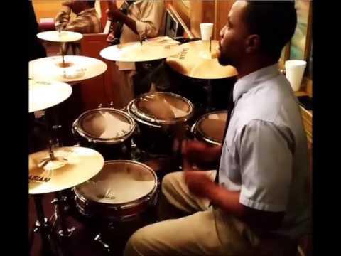 "Chris Brown's ""Poppin"" Instrumental Rendering"