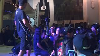 Sekumpulan Orang Gila - Hentikan (Live at Rollin' Vibes)