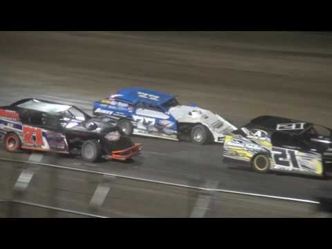 IMCA Modified feature Independence Motor Speedway 6/3/17