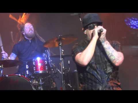 Shinedown - Cut The Cord  Live Charlotte 7 29 15