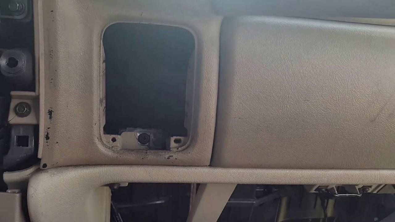 2003 2007 yukon xl diy passenger airbag removal [ 1280 x 720 Pixel ]