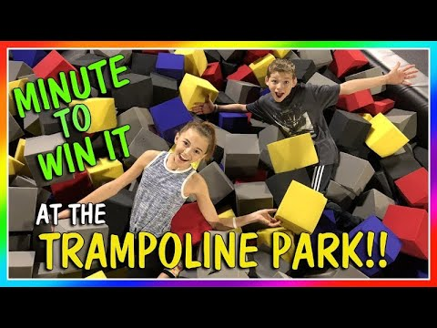 MINUTE TO WIN IT AT THE TRAMPOLINE PARK | We Are The Davises