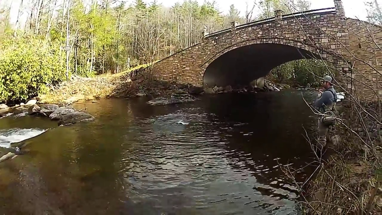 Twin rivers luxurious fly fishing community boone nc for Fishing in boone nc