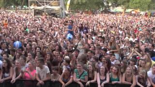 SZIN Szegedi Ifjúsági Napok 2013. - Punnany Massif és a közönség: Élvezd