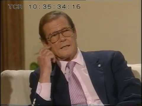 Roger Moore   Des O'Connor tonight  1994
