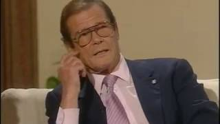 Roger Moore interview - Des O'Connor tonight - 1994