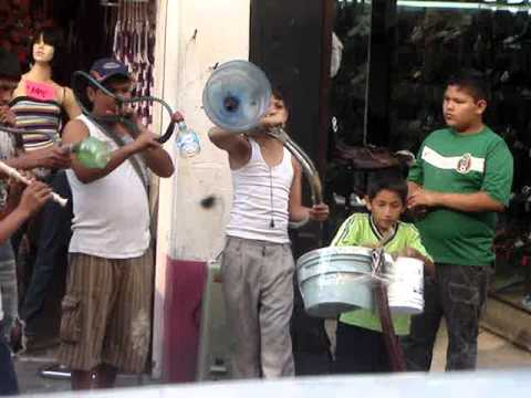 Guadalajara Jal, Banda de musica reciclada