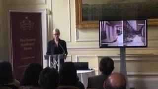 """Prof. Dr. Neşe Kavak Europe Business Assembly London ' da konuşma yapıyor."""