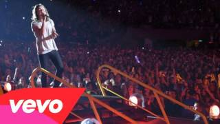 One Direction - On the Road Again Tour Diary from the Honda Civic