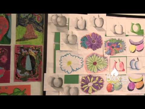 El Paso Bridges Academy - Conocernos Vídeo en Español