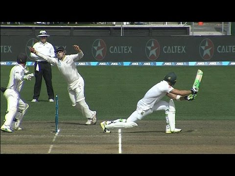 Tom Latham Stuns Faf Du Plessis With Catch of the Season