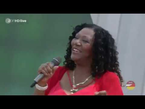 Boney M. feat. Liz Mitchell - Mega Mix (ZDF-Fernsehgarten 09.06.2019) Mp3