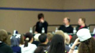"Soul Eater Panel - Troy Baker sings ""EXCALIBUR"""