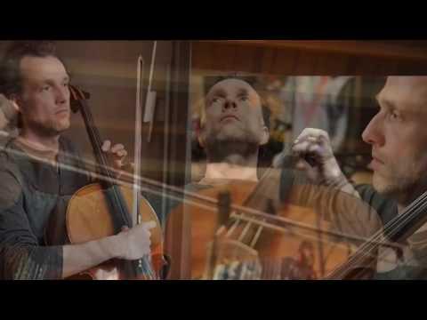 Shakya performing Live Cello Loop
