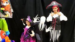 Kids costume runway show dress up Challenge
