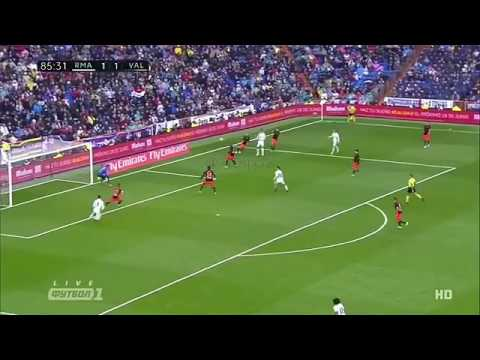 Download Marcelo goal vs valencia 2-1