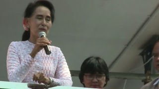 Myanmar opposition leader Suu Kyi hints at poll victory
