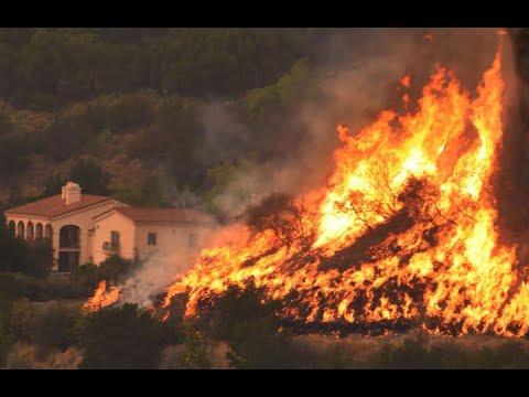 رجال الاطفاء يواصلون محاولاتهم لاحتواء حريق كاليفورنيا  - نشر قبل 2 ساعة