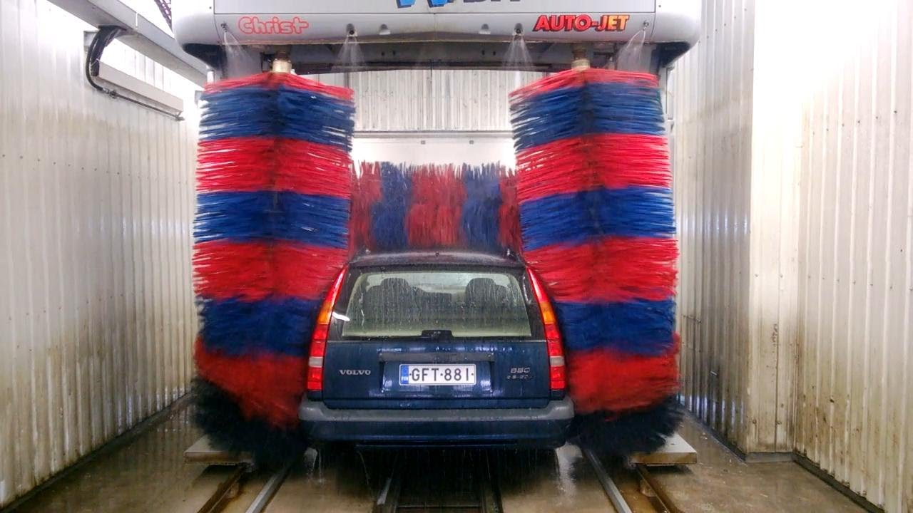 Car Damaged In Car Wash