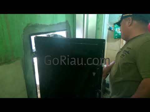 Detik-detik Kampung Dalam Digerebek BNN Riau