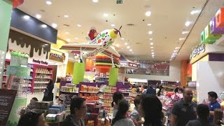 Candylicious Chocolate Candy Store at The Dubai Mall - Lollipop for Kids
