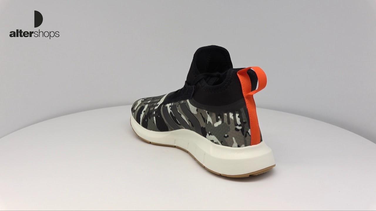 9e6d50936b091 adidas Originals Swift Run Barrier B42234 - YouTube
