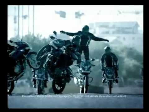 Choáng với clip siêu trình diễn môtô thể thao