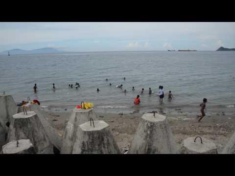 アキーラさん訪問!東ティモール・ディリ・港近くにあるビーチ!The beach near the port of Dili in East Timor