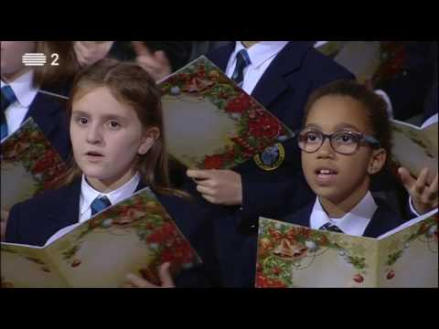 O Menino está dormindo | children choir with piano
