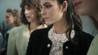 Backstage — Fall-Winter 2020/21 Ready-to-Wear collection — CHANEL Shows