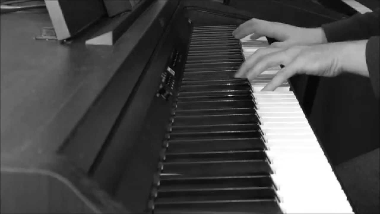 Laskovyi Mai - White Roses (gentle piano arrangement ...