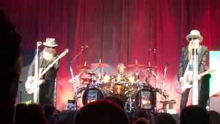 ZZ TOP live 2015 San Diego 1/3:Under Pressure,Waiting For the Bus/Jesus Just LeftChicago,Foxy Lady