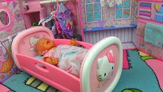 КУКЛЫ Беби Бон ПРОДАЮТ фрукты. МАКС ГОТОВИТ Завтрак + НОВАЯ КРОВАТКА Hello Kitty для пупса Baby Born