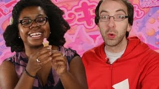 Americans Try Constructable Japanese Candy