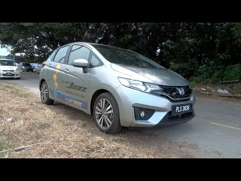 2015 Honda Jazz 1.5 V Start-Up, Full Vehicle Tour, and Quick Drive