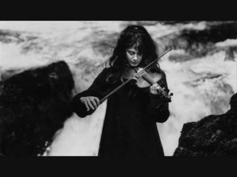 Клип Vashti Bunyan - Love Song