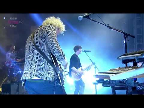 The Kooks - Naive - Live at Reading Festival 2014 [HD]
