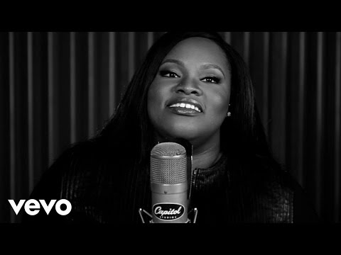 Tasha Cobbs - For Your Glory (1 Mic 1 Take)