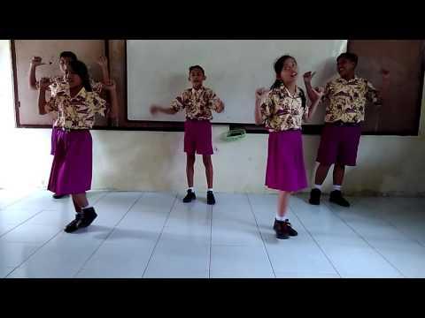 Gerak dan Lagu : Guruku Tersayang (2)