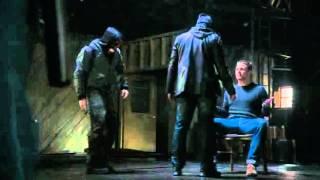 Scène de l'enlèvement Bad ASS de ARROW saison 1 épisode 1