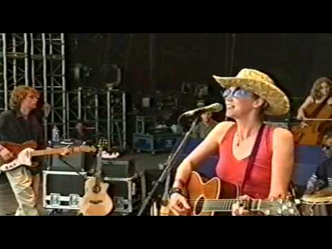 BETH ORTON - Stolen Car (Glastonbury 1999)