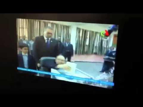 TV5MONDE : Abdelaziz Bouteflika a voté #Algerie2014