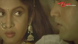 Heroine Ramya Krishna's scene from a telugu movie Captain Prabhakar