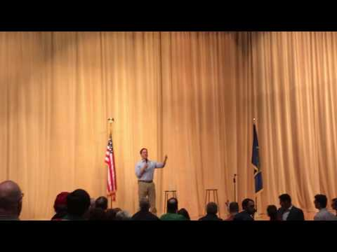 Senator Ben Sasse talks health care at Omaha town hall