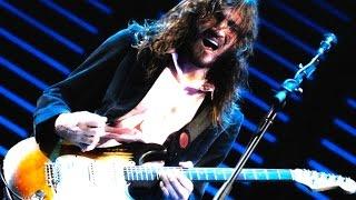 JOHN FRUSCIANTE's 14 Greatest Guitar Techniques!