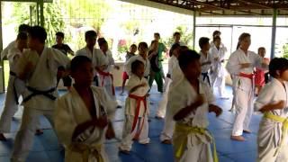 フィリピンのサンバレス州、カスティリヤホス町にある孤児院ジャイラホ...