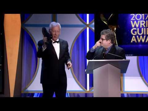 James Woods Humiliates Leftist Patton Oswalt at 2017 Writers Guild Awards