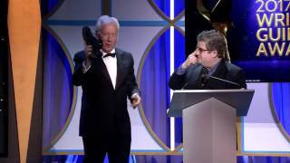 James Woods Humiliates Leftist Patton Oswalt at 2017 Writers Guild Awards