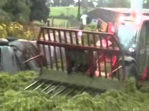 Barry Read's Manitou on the clamp