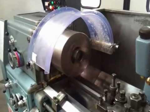 Tornio parallelo cmt ursus 250 250x2000 mm youtube for Mini torni usati